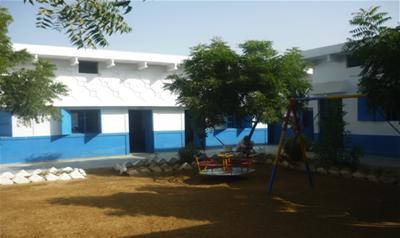 DIL Mehran School, Karachi - Twins